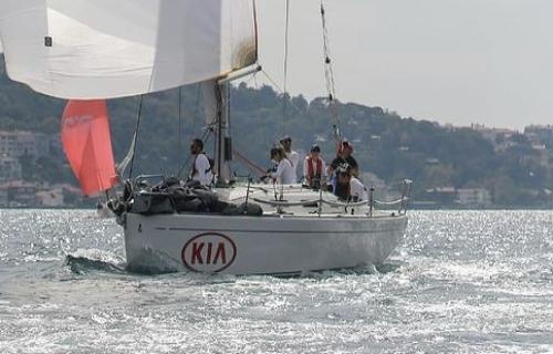 IRC-3 BAU Bosphorus Cup Şampiyonu KIA Yelken Takımımız