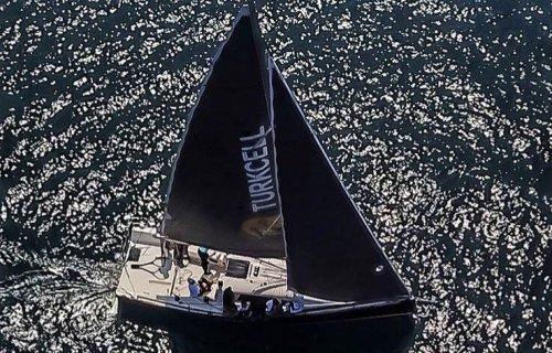 IRC-2 Bosphorus Cup Şampiyonu Turkcell Yelken Takımımız